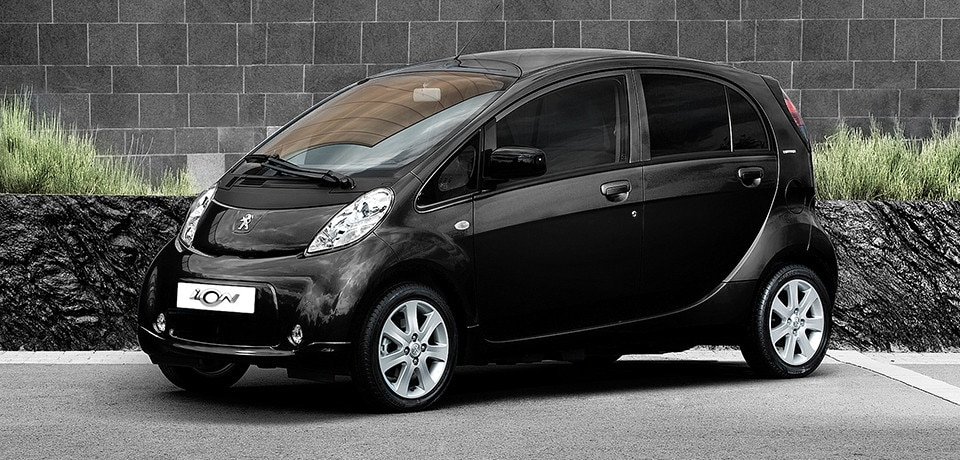 /image/13/4/peugeot_ion_compact_styling.127134.jpg