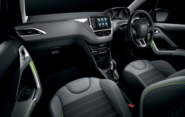 /image/18/7/peugeot_208_interior_lime_yellow.126187.jpg