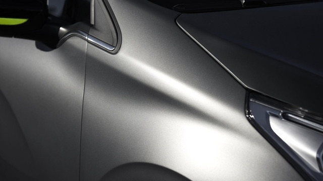 /image/21/3/peugeot_208_icesilver_1502pc105.126213.jpg