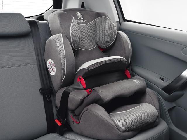 /image/39/0/2008-suv-isofix-child-seat.126390.jpg