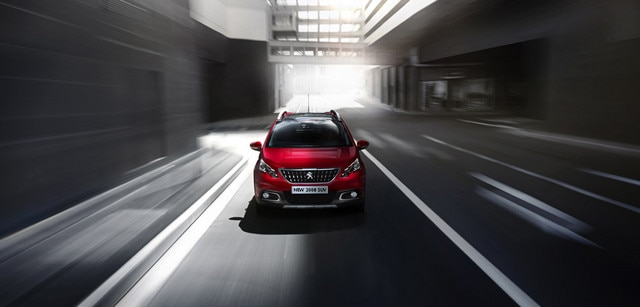 /image/40/2/peugeot_suv_2008_exterior_front.126402.jpg