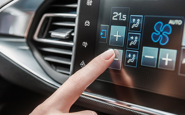 /image/43/6/new_peugeot_308_colour_touch_screen_section.126436.jpg