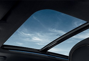 /image/70/1/peugeot_3008_suv_gt_glass_roof.126701.jpg