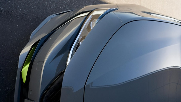 New PEUGEOT SPORT ENGINEERED 508: wide scoops with specific air intakes highlighted by the Kryptonite shade
