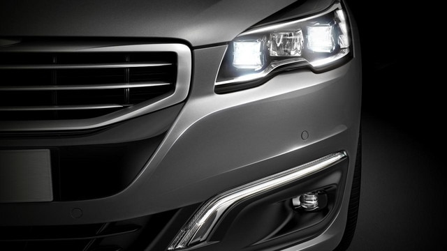 /image/79/1/peugeot-508-sw-exterior-front-lights-gallery.126791.jpg