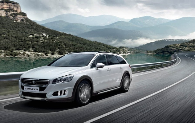 /image/85/4/peugeot_508_rxh_distinctive_design.126854.jpg