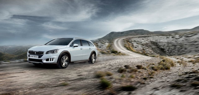 /image/89/0/peugeot_508_rxh_all_route_styling.126890.jpg