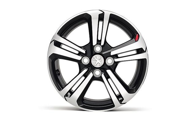 /image/90/5/peugeot_108_gt_line_alloy_wheel.125905.jpg