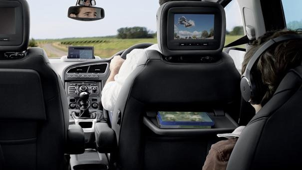 /image/90/8/5008-mpv-driving-experience-reason-to-choose.126908.jpg