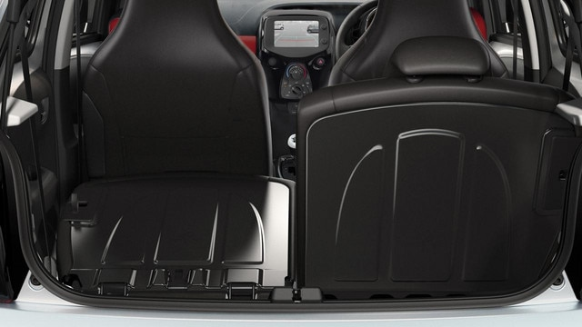 /image/97/2/peugeot-108-5-door-interior-seats-gallery.125972.jpg