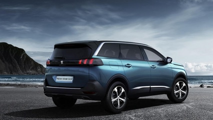 /image/98/4/peugeot-new-5008-suv-exterior-rear-view-gallery.126984.jpg